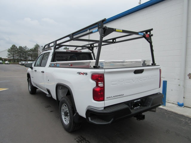 2020 Chevrolet Silverado 2500 Crew Cab 4x4, Pickup #20440 - photo 1