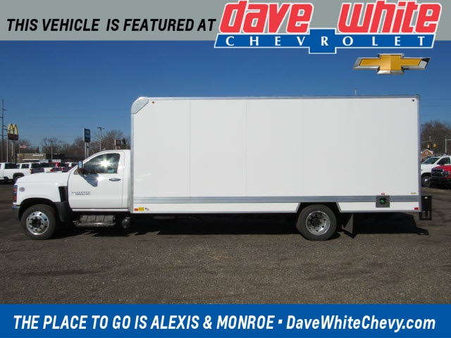 2020 Chevrolet Silverado 6500 Regular Cab DRW 4x2, Bay Bridge Cutaway Van #20450 - photo 1
