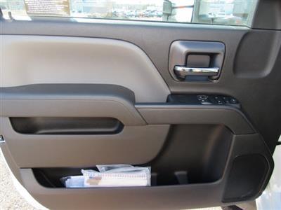 2020 Chevrolet Silverado 6500 Regular Cab DRW 4x2, Bay Bridge Sheet and Post Cutaway Van #20450 - photo 14