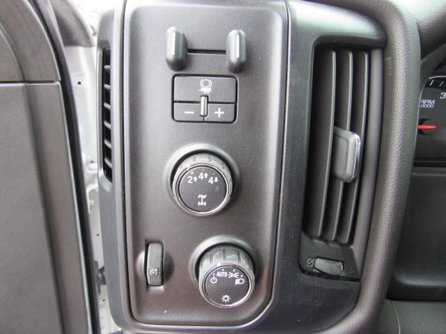 2020 Silverado 5500 Regular Cab DRW 4x4,  Rugby Z-Spec Dump Body #205461 - photo 19