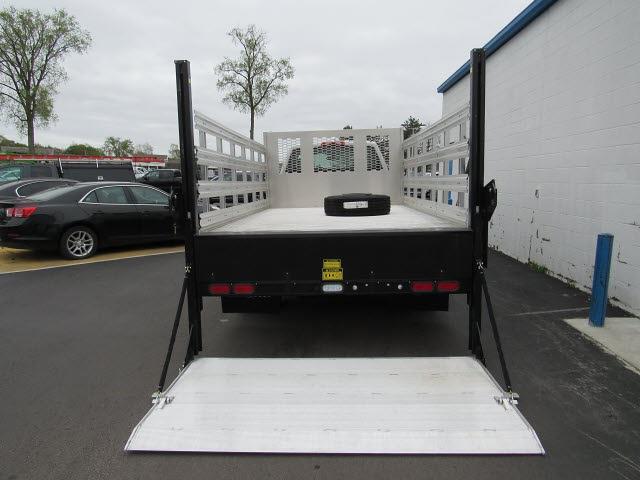 2020 Silverado 5500 Regular Cab DRW 4x2,  Knapheide Aluminum Platform Body #205471 - photo 5