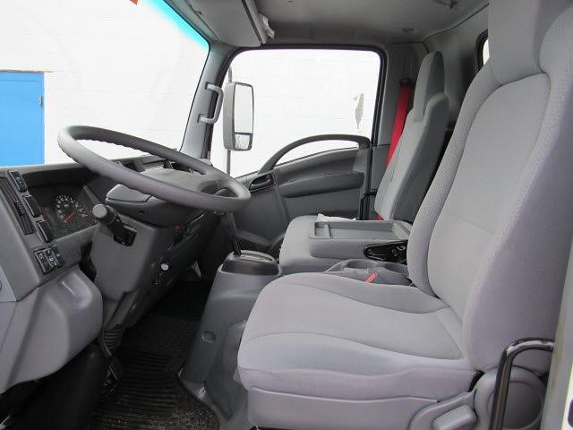 2020 Chevrolet LCF 4500 Regular Cab DRW 4x2, Bay Bridge Sheet and Post Cutaway Van #20562 - photo 9