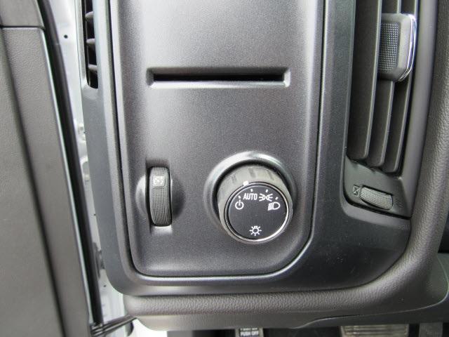 2020 Silverado 5500 Regular Cab DRW 4x2,  Duramag R Series Service Body #20914 - photo 16