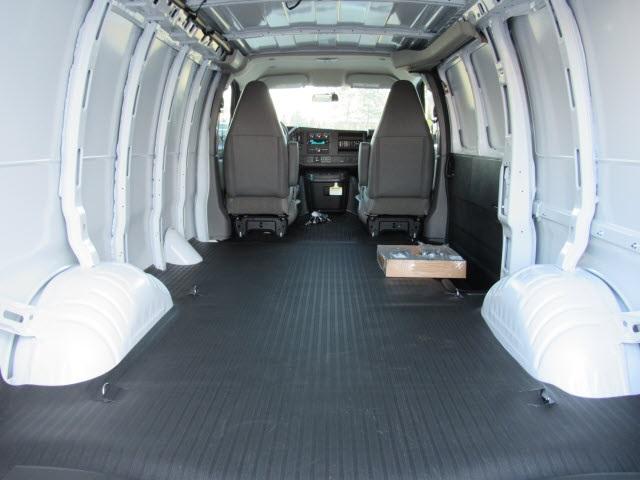 2021 Chevrolet Express 3500 4x2, Empty Cargo Van #21249 - photo 1