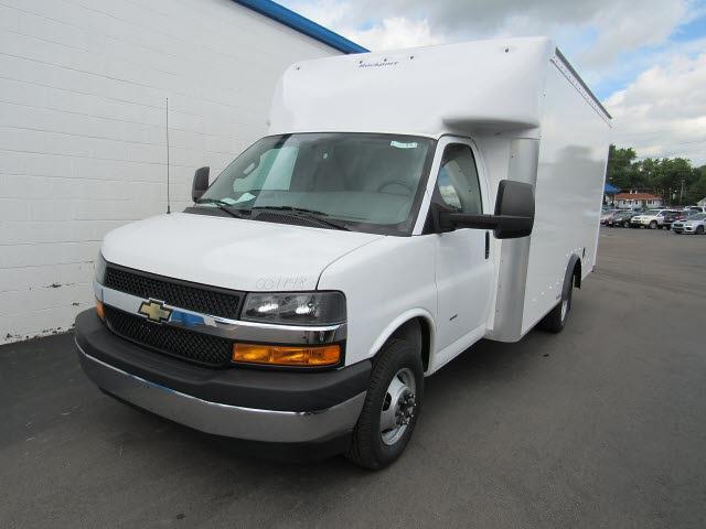 2021 Chevrolet Express 3500 4x2, Rockport Parcelport Cutaway Van #21813 - photo 7