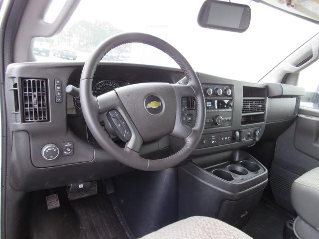 2021 Chevrolet Express 3500 4x2, Rockport Parcelport Cutaway Van #21813 - photo 9
