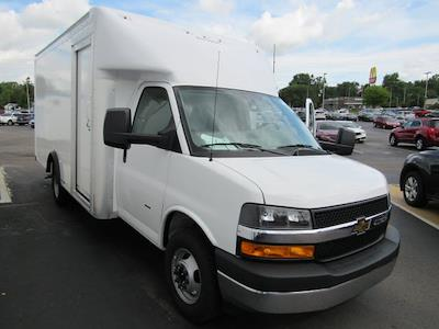 2021 Chevrolet Express 3500 4x2, Rockport Parcelport Cutaway Van #21813 - photo 6