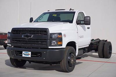 2020 Chevrolet Silverado Medium Duty Regular Cab DRW 4x2, Cab Chassis #20CF0022 - photo 3