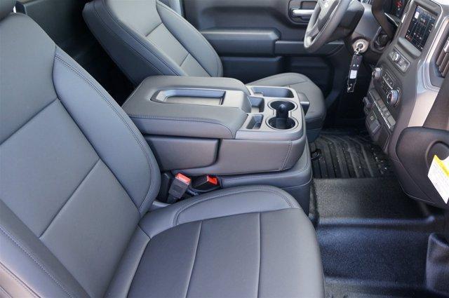 2020 Chevrolet Silverado 2500 Regular Cab RWD, Royal Service Body #20CF0150 - photo 20