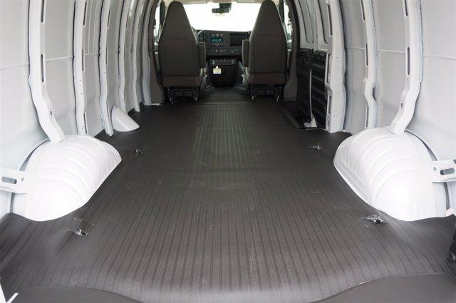 2020 Chevrolet Express 3500 RWD, Empty Cargo Van #20CF0346 - photo 2