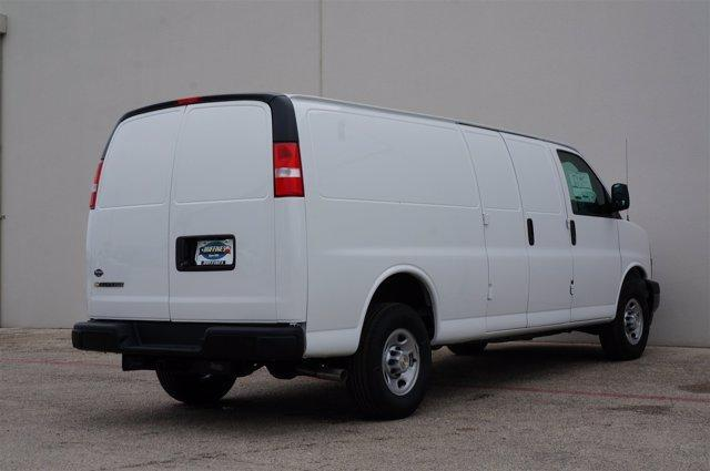 2020 Chevrolet Express 3500 RWD, Empty Cargo Van #20CF0350 - photo 4