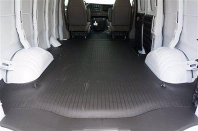 2020 Chevrolet Express 3500 RWD, Empty Cargo Van #20CF0354 - photo 2