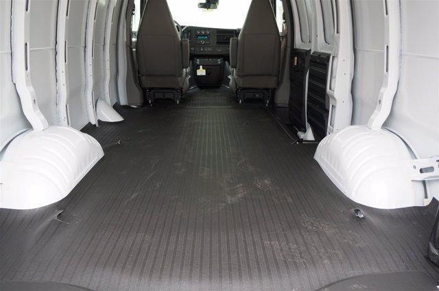 2020 Chevrolet Express 3500 RWD, Empty Cargo Van #20CF0359 - photo 2