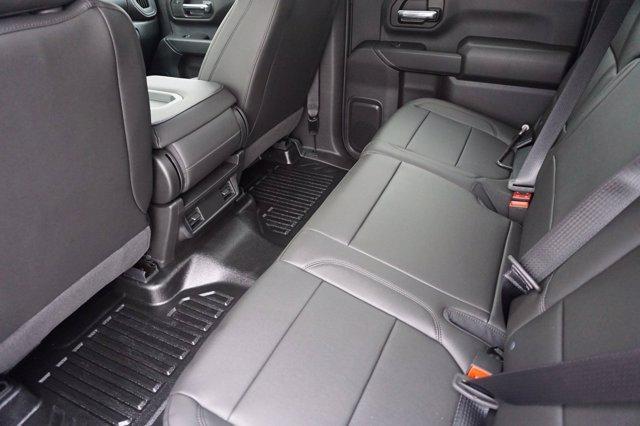 2020 Chevrolet Silverado 3500 Crew Cab DRW 4x4, Cab Chassis #20CF0396 - photo 17