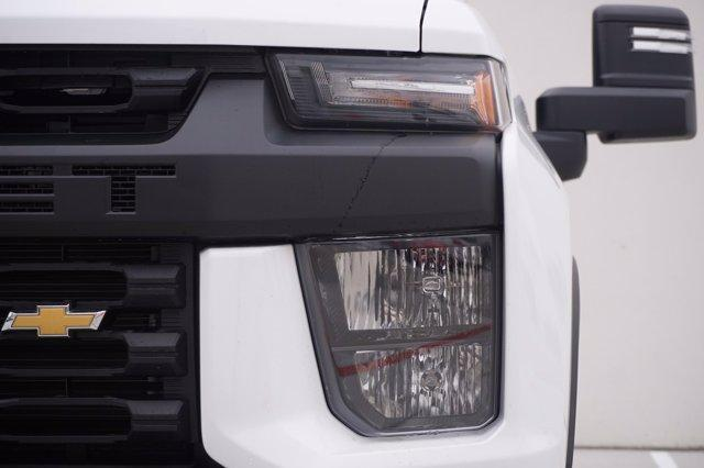 2020 Chevrolet Silverado 3500 Crew Cab DRW 4x4, Cab Chassis #20CF0396 - photo 6