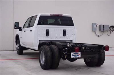 2020 Chevrolet Silverado 3500 Crew Cab DRW 4x4, Cab Chassis #20CF0396 - photo 4