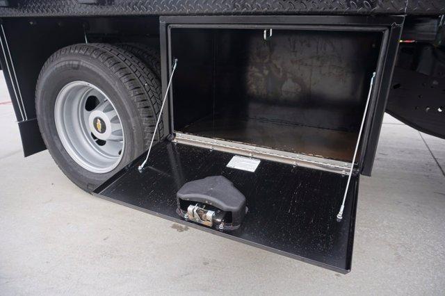 2020 Chevrolet Silverado 3500 Crew Cab DRW 4x2, CM Truck Beds RD Model Platform Body #20CF0493 - photo 20