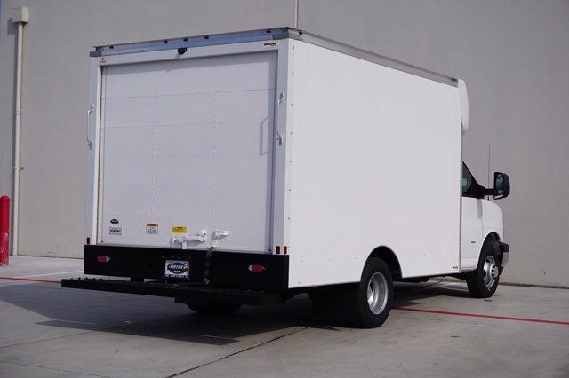 2020 Chevrolet Express 3500 4x2, Supreme Cutaway Van #20CF0500 - photo 1