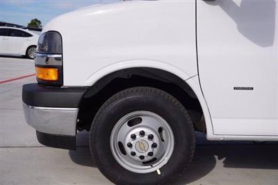2020 Chevrolet Express 3500 4x2, Supreme Spartan Cargo Cutaway Van #20CF0500 - photo 5