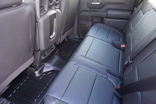 2020 Chevrolet Silverado 3500 Crew Cab 4x4, CM Truck Beds RD Model Platform Body #20CF0524 - photo 18