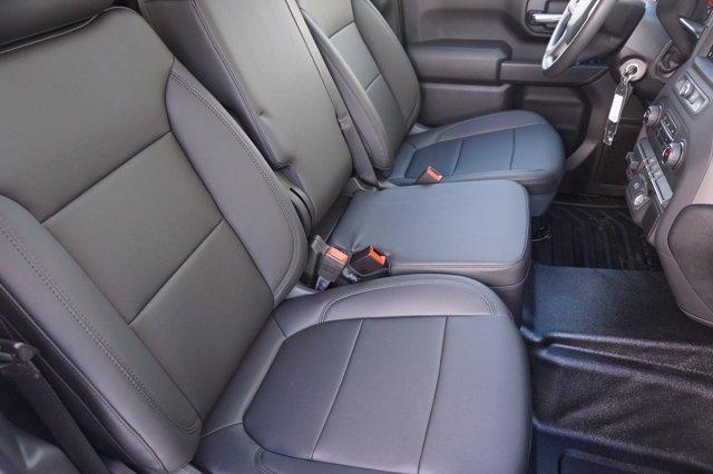 2020 Chevrolet Silverado 3500 Crew Cab 4x4, CM Truck Beds RD Model Platform Body #20CF0524 - photo 8