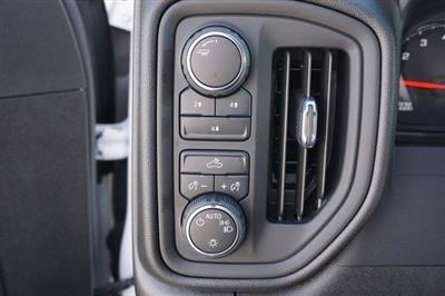 2020 Chevrolet Silverado 3500 Crew Cab 4x4, CM Truck Beds RD Model Platform Body #20CF0524 - photo 14