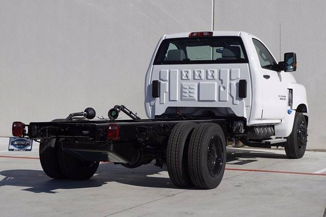 2020 Chevrolet Silverado Medium Duty Regular Cab DRW 4x2, Cab Chassis #20SL0434 - photo 4