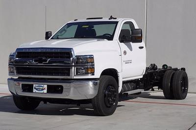 2020 Chevrolet Silverado Medium Duty Regular Cab DRW 4x2, Cab Chassis #20SL0434 - photo 3