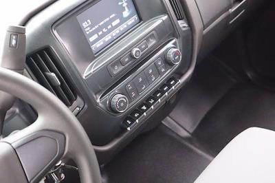 2020 Chevrolet Silverado Medium Duty Regular Cab DRW 4x4, Reading Marauder Dump Body #20SL0473 - photo 20