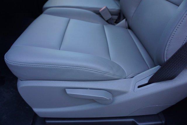 2020 Chevrolet Silverado Medium Duty Regular Cab DRW 4x2, Platform Body #20SL0526 - photo 15
