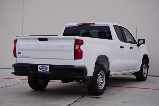 2021 Chevrolet Silverado 1500 Double Cab 4x2, Pickup #21CF0190 - photo 4