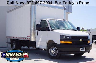 2021 Chevrolet Express 3500 DRW 4x2, Morgan Parcel Aluminum Cutaway Van #21CF0436 - photo 1