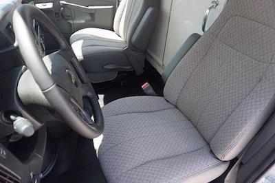 2021 Chevrolet Express 3500 DRW 4x2, Morgan Parcel Aluminum Cutaway Van #21CF0436 - photo 10