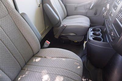 2021 Chevrolet Express 3500 DRW 4x2, Morgan Parcel Aluminum Cutaway Van #21CF0436 - photo 11