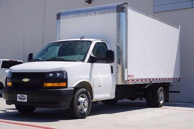 2021 Chevrolet Express 3500 DRW 4x2, Morgan Parcel Aluminum Cutaway Van #21CF0436 - photo 3