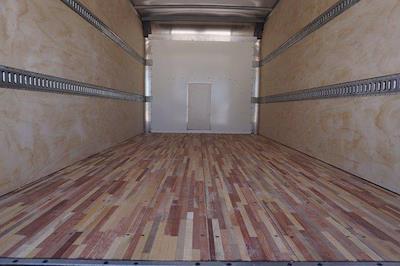 2021 Chevrolet Express 3500 DRW 4x2, Morgan Parcel Aluminum Cutaway Van #21CF0436 - photo 21
