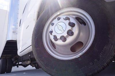 2021 Chevrolet Express 3500 DRW 4x2, Morgan Parcel Aluminum Cutaway Van #21CF0436 - photo 7