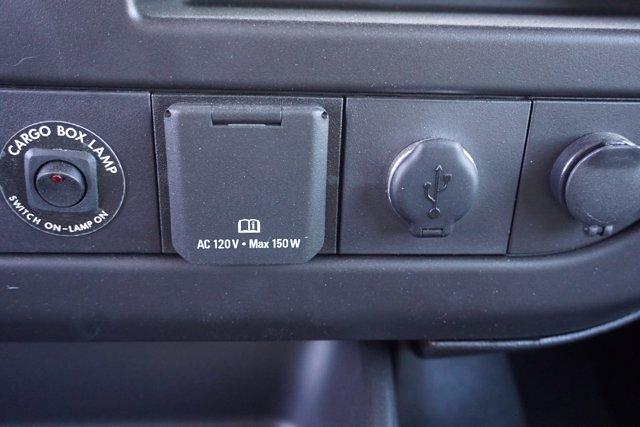 2021 Chevrolet Express 3500 DRW 4x2, Morgan Parcel Aluminum Cutaway Van #21CF0438 - photo 15