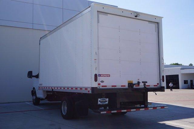 2021 Chevrolet Express 3500 DRW 4x2, Morgan Parcel Aluminum Cutaway Van #21CF0438 - photo 4