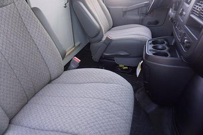 2021 Chevrolet Express 3500 DRW 4x2, Morgan Parcel Aluminum Cutaway Van #21CF0438 - photo 10