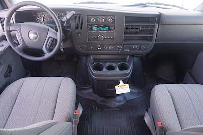 2021 Chevrolet Express 3500 DRW 4x2, Morgan Parcel Aluminum Cutaway Van #21CF0438 - photo 19