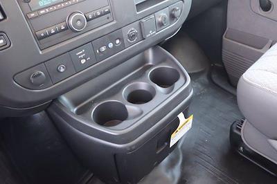 2021 Chevrolet Express 3500 DRW 4x2, Morgan Parcel Aluminum Cutaway Van #21CF0452 - photo 18