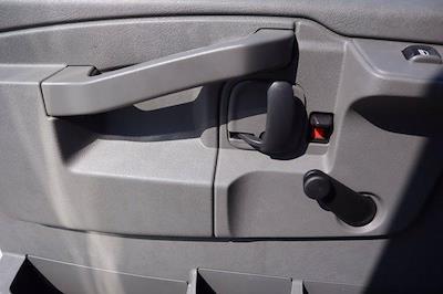 2021 Chevrolet Express 3500 DRW 4x2, Morgan Parcel Aluminum Cutaway Van #21CF0452 - photo 19