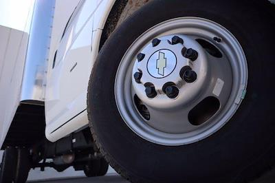 2021 Chevrolet Express 3500 DRW 4x2, Morgan Parcel Aluminum Cutaway Van #21CF0452 - photo 7