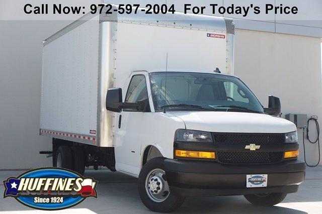 2021 Chevrolet Express 3500 DRW 4x2, Morgan Parcel Aluminum Cutaway Van #21CF0465 - photo 1
