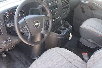 2021 Chevrolet Express 3500 DRW 4x2, Morgan Parcel Aluminum Cutaway Van #21CF0465 - photo 18