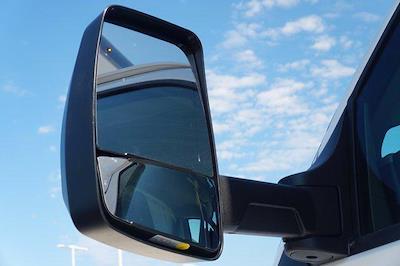 2021 Chevrolet Express 3500 DRW 4x2, Morgan Parcel Aluminum Cutaway Van #21CF0465 - photo 21