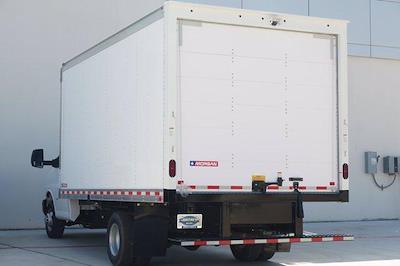 2021 Chevrolet Express 3500 DRW 4x2, Morgan Parcel Aluminum Cutaway Van #21CF0465 - photo 4
