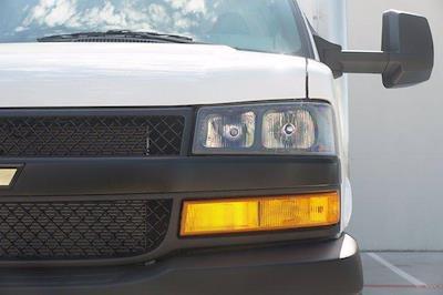 2021 Chevrolet Express 3500 DRW 4x2, Morgan Parcel Aluminum Cutaway Van #21CF0465 - photo 6