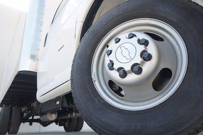 2021 Chevrolet Express 3500 DRW 4x2, Morgan Parcel Aluminum Cutaway Van #21CF0465 - photo 7